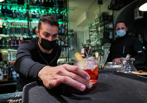Cocktail zero alcol, diventa trendy bere responsabile a meno calorie