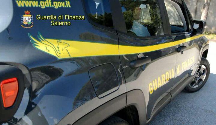 Trasmetteva senza autorizzazione, la Guardia di Finanza spegne radio di Angri