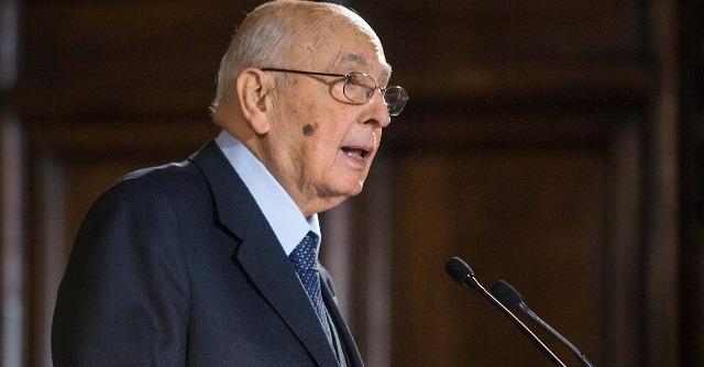Accadde oggi: il 13 dicembre approva l'entrata nel sistema monetario europeo tra le contestazioni di Giorgio Napolitano
