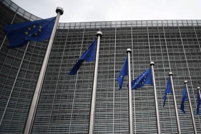 Variante covid nel Regno Unito, la UE convoca riunione d'urgenza