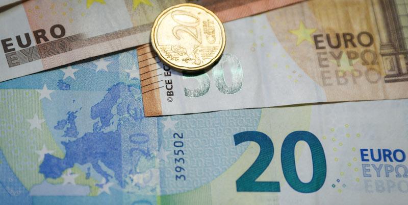 Accadde oggi: il 1 gennaio del 2002 entra in vigore la moneta unica Euro