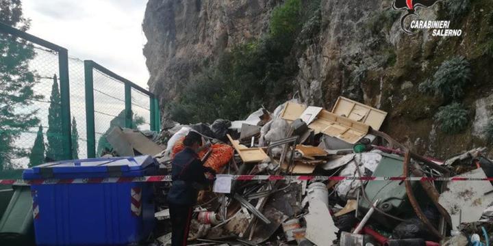 Amalfi, sequestrata discarica abusiva