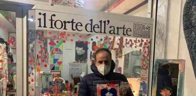 Salerno, il comitato Salute e Vita regala 100 mascherine a Matierno