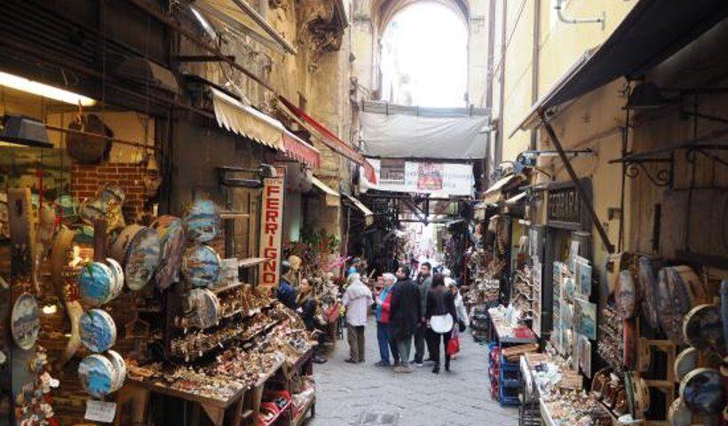 Napoli, riaprono i pastorai di San Gregorio Armeno
