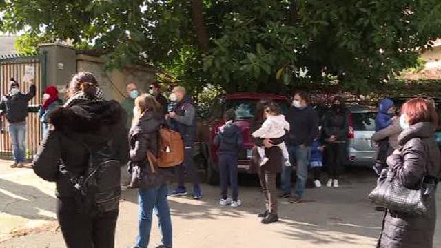 Covid, assembramenti davanti alle scuole: da Baronissi il progetto di sorveglianza