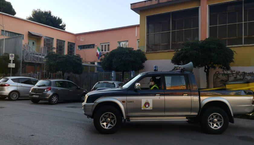 PROTEZIONE CIVILE DI SALERNO, ATTIVITÀ DI SPEAKERAGGIO NELLE AREE ANTISTANTI SCUOLE