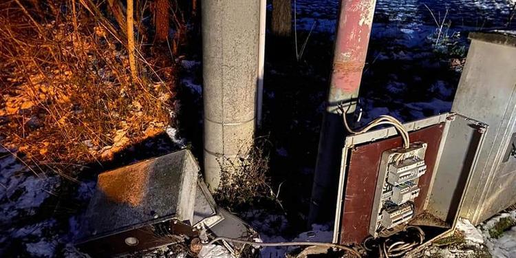 """Buonabitacolo, cabina elettrica vandalizzata. Il sindaco furioso: """"Sono delle bestie"""""""