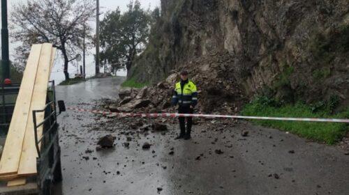 Cava de' Tirreni, frana in località Petrellosa: transito sospeso