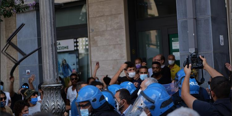 Cava de' Tirreni, contestazione a Matteo Salvini: 4 giovani cavesi indagati