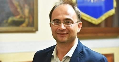 """Sarno, il consiglio ricorda Ferrentino. Il sindaco: """"In suo nome la piazza del mercato rionale"""""""