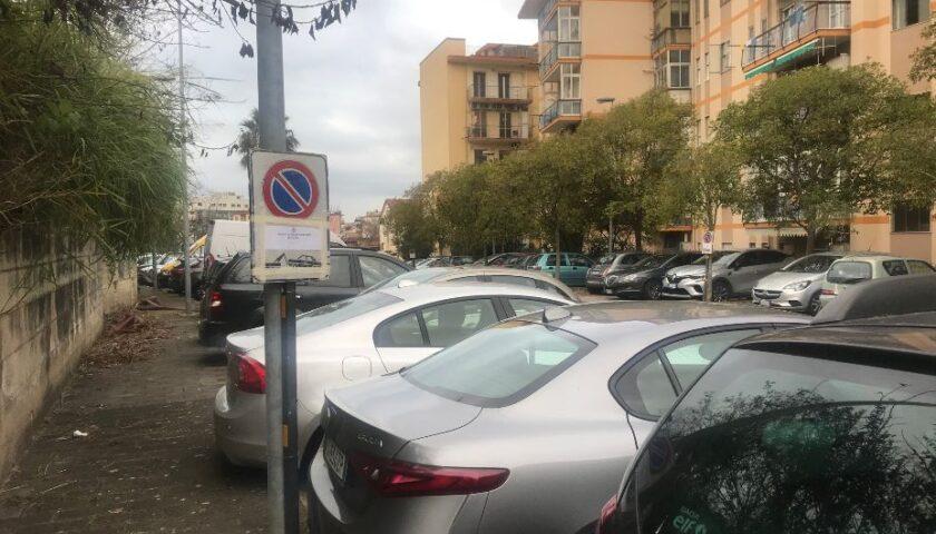 Salerno Pulita, pulizia straordinaria nei quartieri. Lunedì il parcheggio di via Cucciniello e mercoledì Casa Manzo e via delle Ginestre