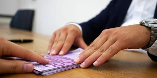Truffa delle false buste paga, 82 indagati a Bellizzi