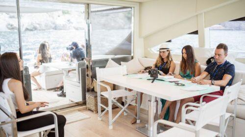 Costiera Amalfitana, Centinaia di volontari per provare il Senso della felicità