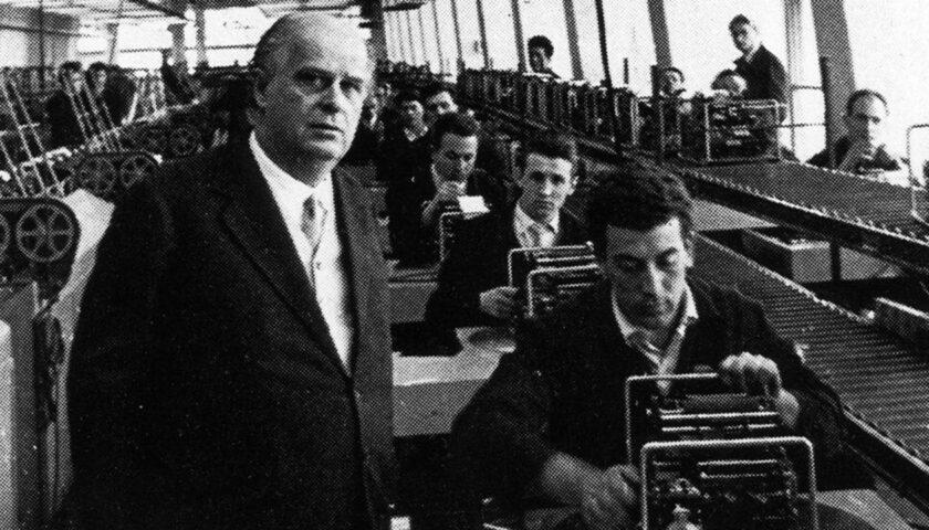 Il 27 febbraio 1960 muore in treno Adriano Olivetti
