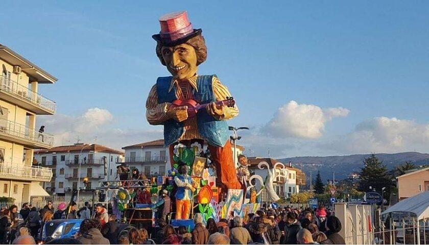 Agropoli, il covid cancella la 50esima edizione della sfilata dei carri di Carnevale