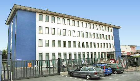 Manutenzione Edifici scolastici salernitani: screening per i lavoratori dell'Arechi Multiservices