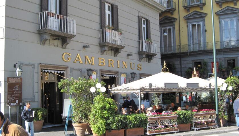Napoli, domani riapre lo storico Gambrinus dopo 3 mesi di chiusura