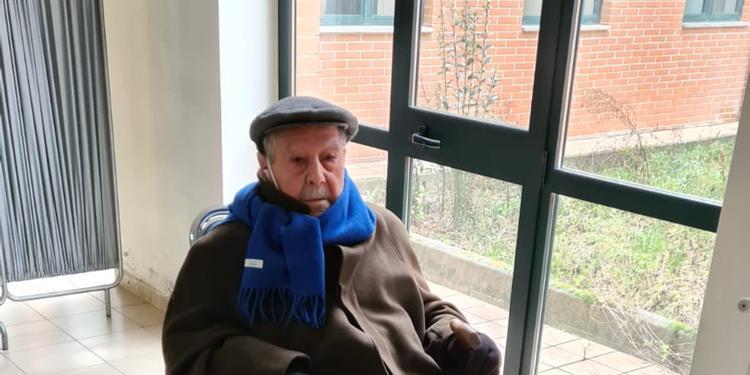 Covid, nonno Gaetano vaccinato a 99 anni: è stato il primo over 80 nel Vallo di Diano