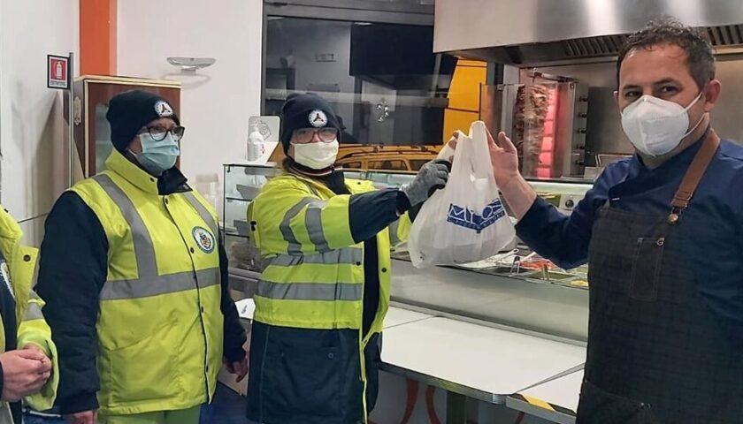 """Salerno, oltre 700 pasti donati con il """"Piatto Sospeso"""""""