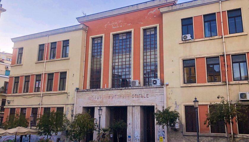 Finito lo sgombero, consegnate alla Provincia le chiavi dell'ex tribunale di sorveglianza di Salerno