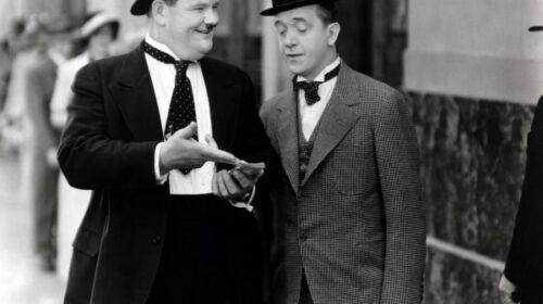 Il 23 febbraio 1965 il mondo saluta Stan Laurel, con Oliver Hardy ha formato la coppia più amata del cinema comico