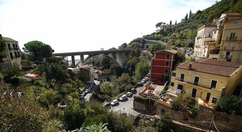 Lavori alla condotta di Vietri sul Mare, sospensione idrica ad horas in zona Canalone a Salerno