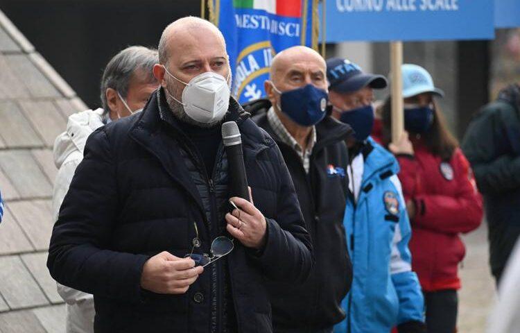 """Stop agli impianti di sci, Bonaccini: """"Oltre al danno anche la beffa"""""""