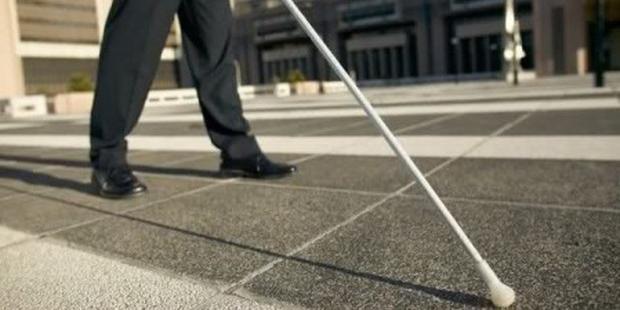 Nei guai un 47enne falso cieco di Angri, percepiti illegalmente 60mila euro dall'Inps