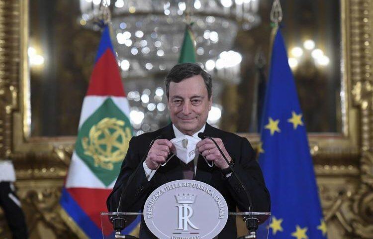 Draghi alle 12 giura al Quirinale, poi la campanella con Conte