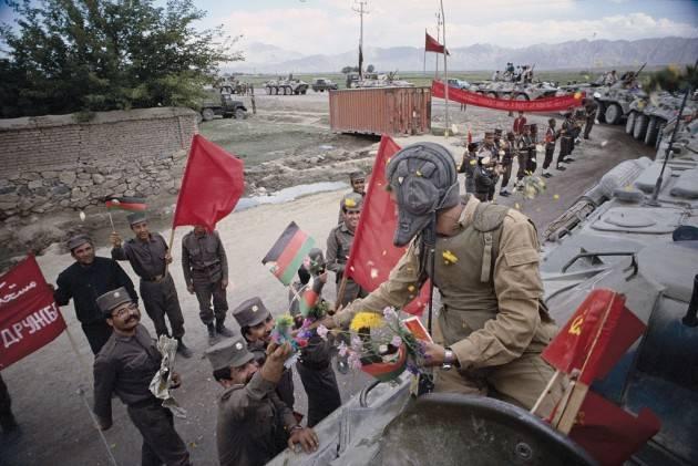 Il 15 febbraio 1989 l'ultimo soldato dell'Armata Rossa lascia l'Afghanistan