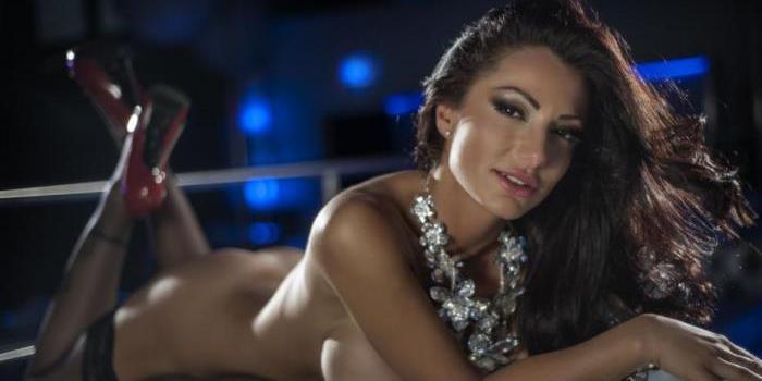 L'attrice hard Priscilla Salerno si candida al consiglio comunale di Salerno