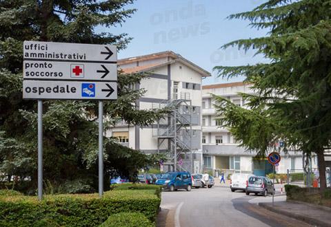 Morte colposa a Polla, il fatto non sussiste: assolti medico e infermiere