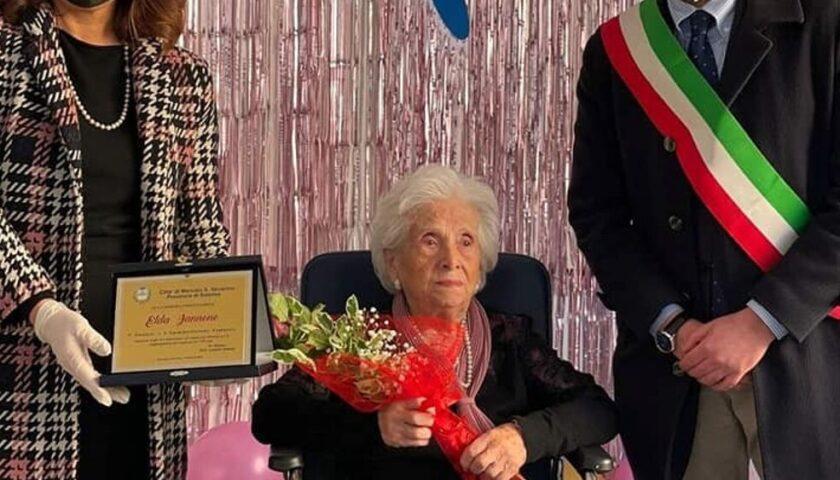 Mercato San Severino festeggia un secolo di vita per la nonnina Elda