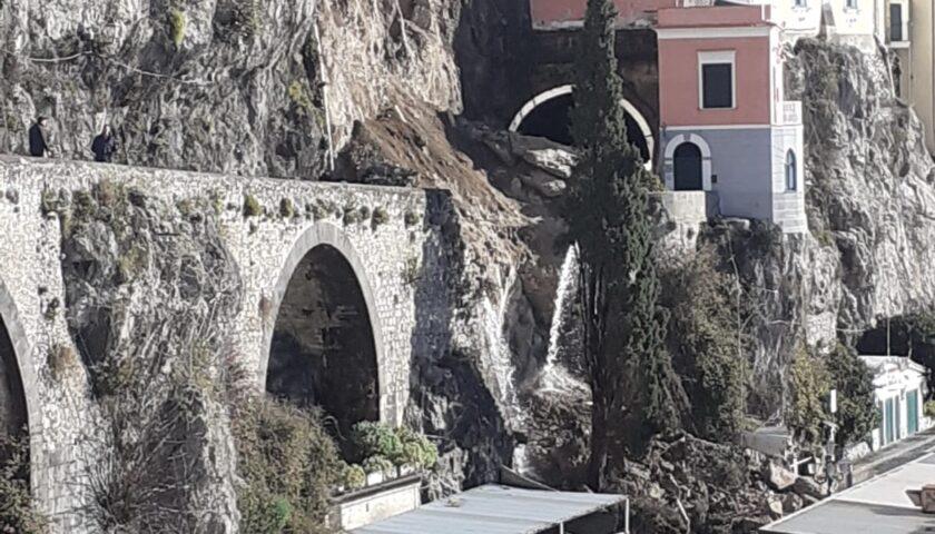 Amalfi, De Luca e il ministro Di Maio sabato per l'apertura della strada dopo la frana