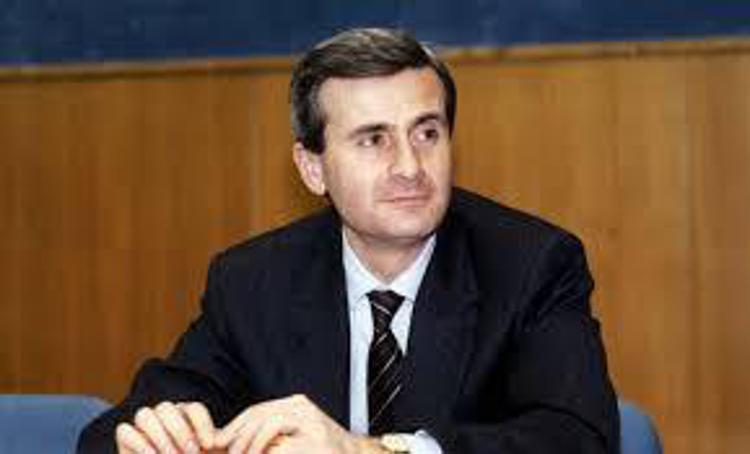 Il 19 marzo 2002 il giuslavorista Marco Biagi ucciso dalle Br a Bologna