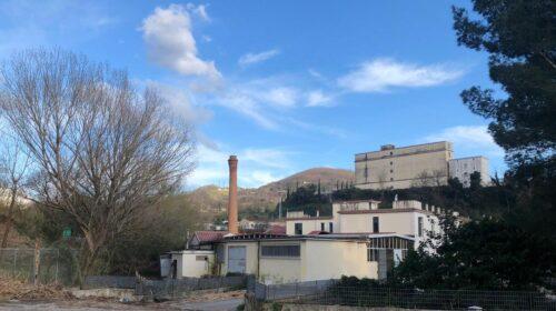 Salerno, complesso nella ex Vitologatti: le associazioni Help e Salute e Vita non ci stanno
