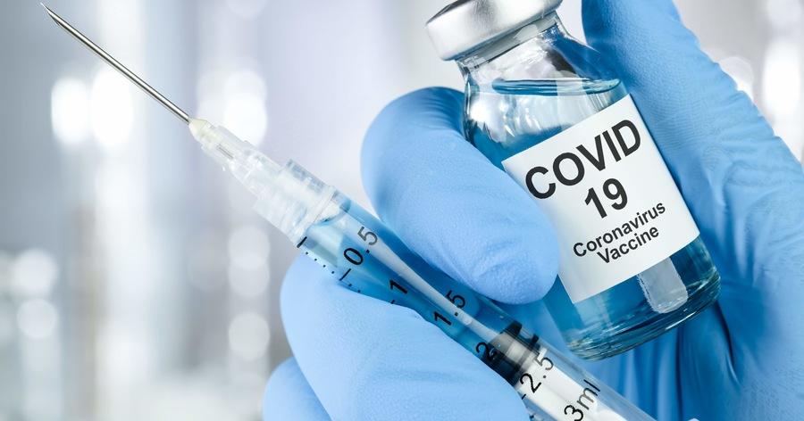 Studio israeliano, terza dose di vaccino Pfizer funziona: calano i contagi e i casi gravi