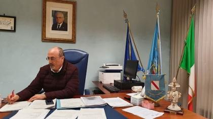 Ad Angri contagi in aumento, il sindaco firma nuova ordinanza