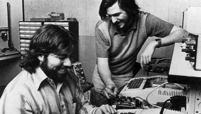 Il 1 aprile di 45 anni fa viene fondata la Apple Computer