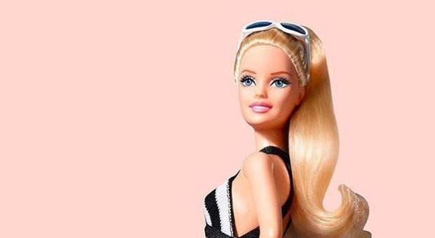 Il 9 marzo 1959 la bambola Barbie fa il suo debutto nei negozi