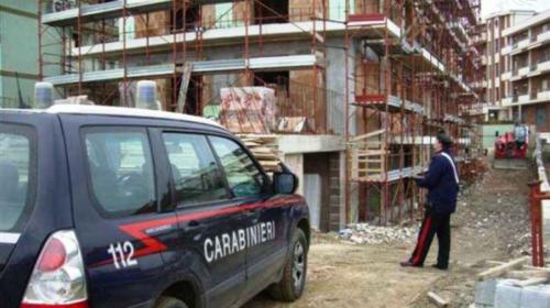 Incidenti sul lavoro, carabinieri nei cantieri edili: 10 denunce