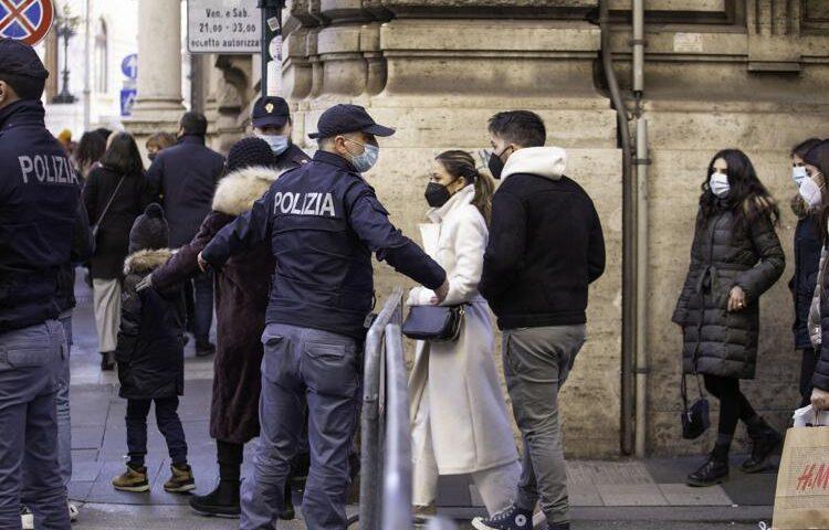 """Il presidente Anci De Caro: """"Pasqua stretta come a Natale"""""""