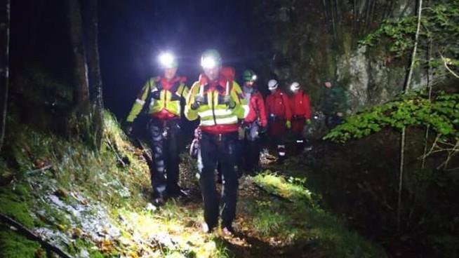 Dispersi tra l'Avvocata e Cetara, 3 escursionisti trovati in un capanno