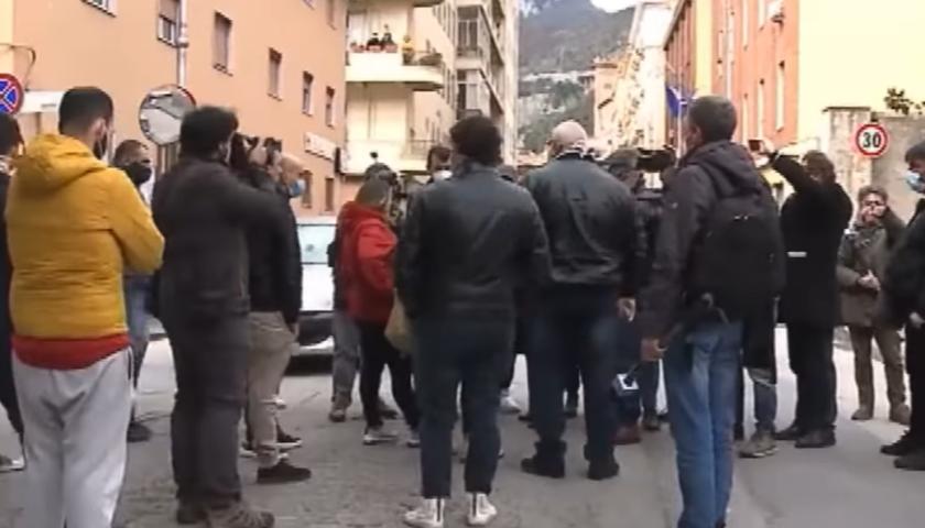 No dad, protesta a Salerno e in altre 60 città d'Italia