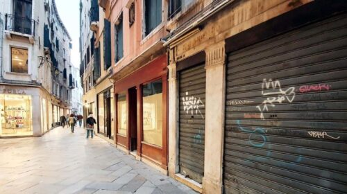 Confesercenti Campania: con questo decreto sostegni fallirà il 70% delle imprese