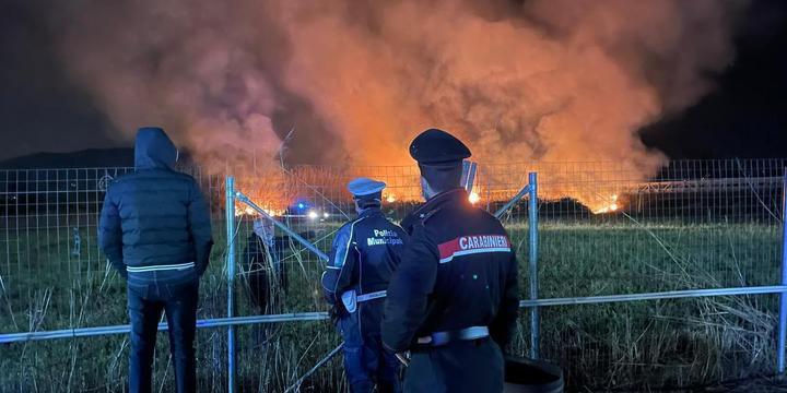 Pontecagnano, fiamme vicino al parco eco archeologico