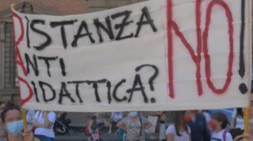 I No Dad non si arrendono e tornano in piazza a protestare contro De Luca
