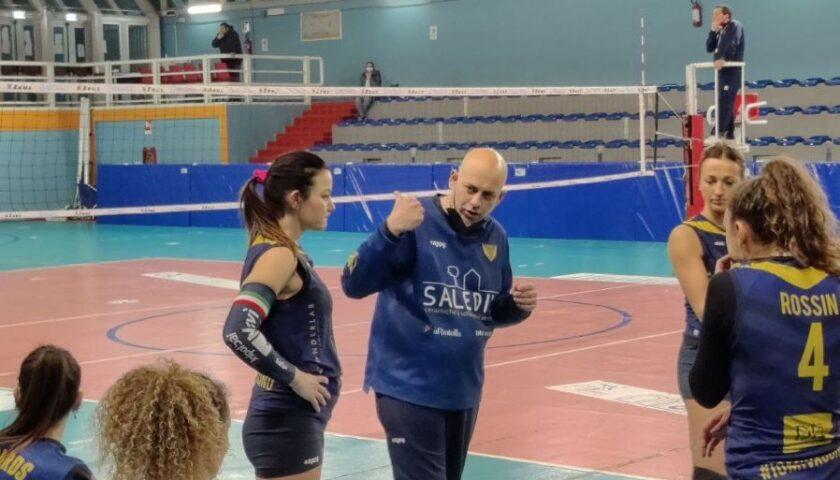 Salerno Guiscards, esordio vincente in casa della Ft Napoli Pianura Volley