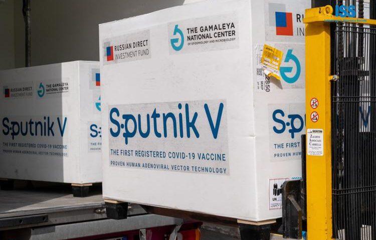 Covid, la Campania acquista il vaccino Sputnik