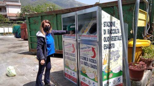 Salerno, totem gratuiti per la raccolta di olio esausti